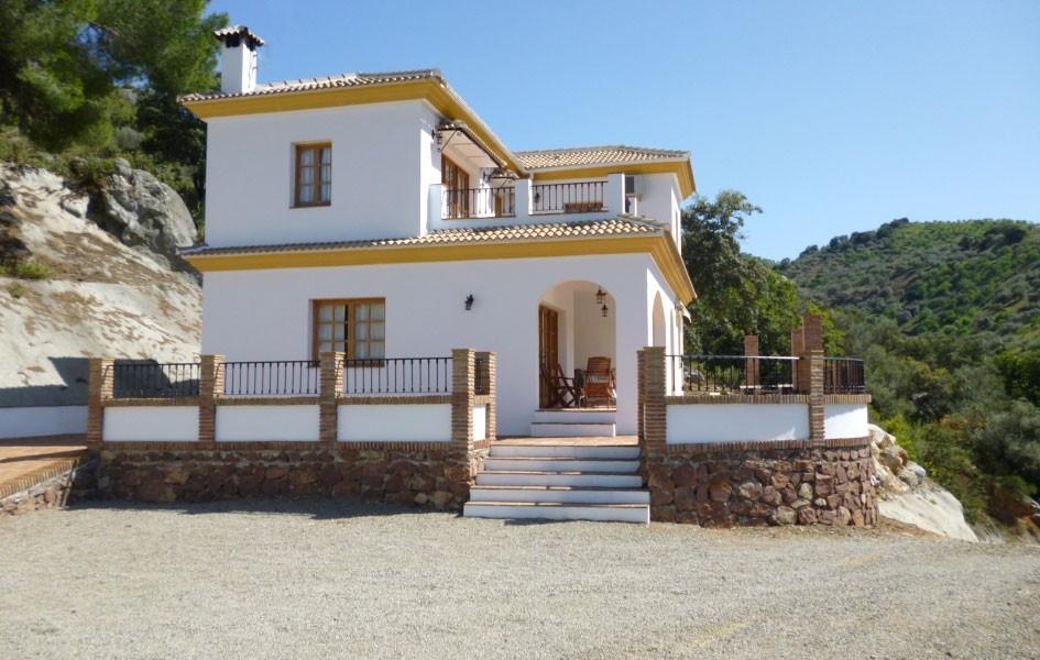 Villa Los Pinos With Air Conditioning Andalusian Rentals